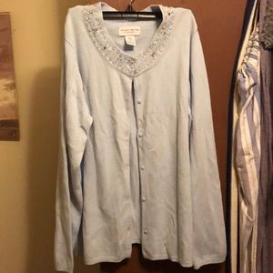 Jaclyn Smith classic fit sweater LG